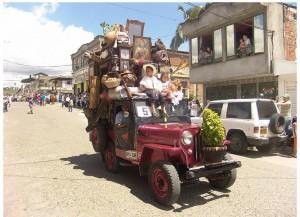 Jeep llamado jipado con su carga tradicional